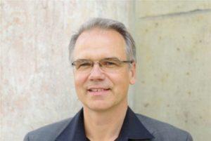Dr. Carsten Lenk